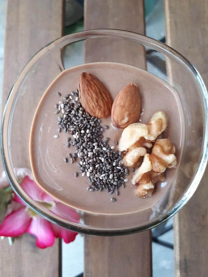 สูตรสมูทตี้ลดน้ำหนัก banana cacao almond walnut chia organic seeds smoothie