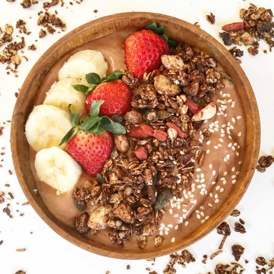 banana-cacao-smoothie-bowl-healthplatz สมูทตี้อาหารเช้า คาเคา คาเคานิบส์ กราโนล่า กล้วย คลีน เบอร์รี่ โกจิเบอร์รี่ งา