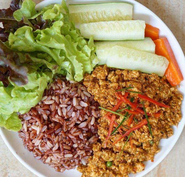 18 วิธีทำคั่วกลิ้งอกไก่สมุนไพรไอเดีย อาหารคลีน Healthplatz online organic superfoods store healthy menu
