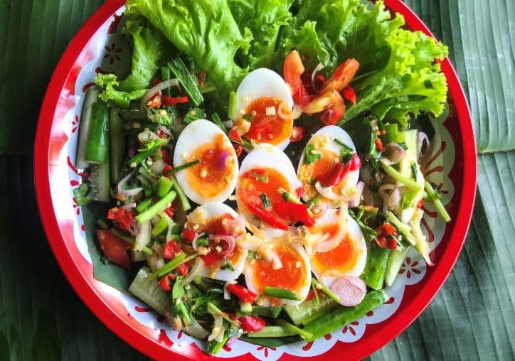 ยำไข่ต้ม วิธีทำ ไอเดีย อาหารคลีน Healthplatz online organic superfoods store healthy menu
