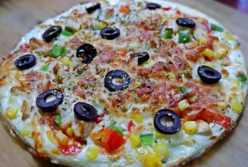พิซซ่าสูตรคีโต คลีน ketogenic-diet-egg white pizza diet-food Healthplatz