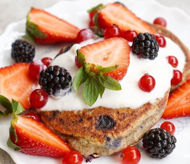 Chia oat pancake แพนเค้กโอ๊ตและเมล็ดเจียออร์แกนิก ไอเดีย อาหารคลีน Healthplatz online organic superfoods store healthy menu