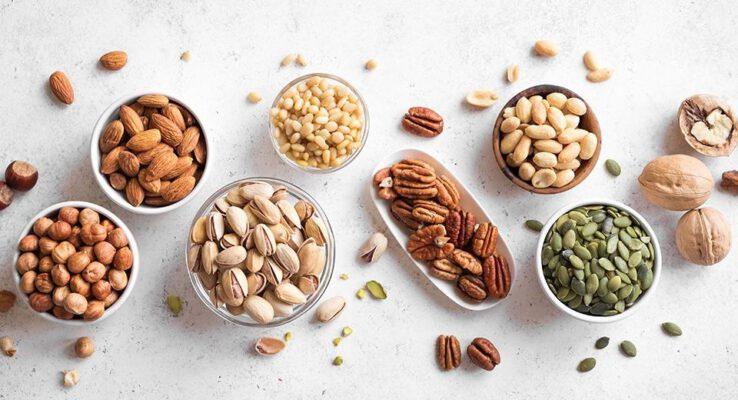 ชะลอวัย ต้านแก่ ทานอะไรไม่ให้แก่ อาหาร ลดคอเลสเตอรอล ถั่วเปลือกแข็งช่วยลดคอเลสเตอรอล healthiest-types-of-nuts-Healthplatz