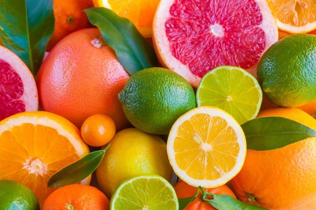 อาหาร ลดคอเลสเตอรอล ผลไม้รสเปรี้ยว มะนาว ส้ม มีใยอาหารเพคตินสูง Healthplatz