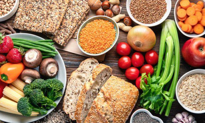 อาหาร ลดคอเลสเตอรอล Great foods to lower cholesterol-grains-vegetables-fruits-superfoods-Healthplatz