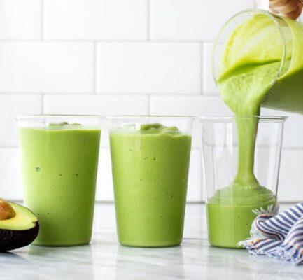 ูอะโวคาโด สมูทตี้ ปั่น เคล ผักโขม วีแกน avocado benefits menu healthplatz